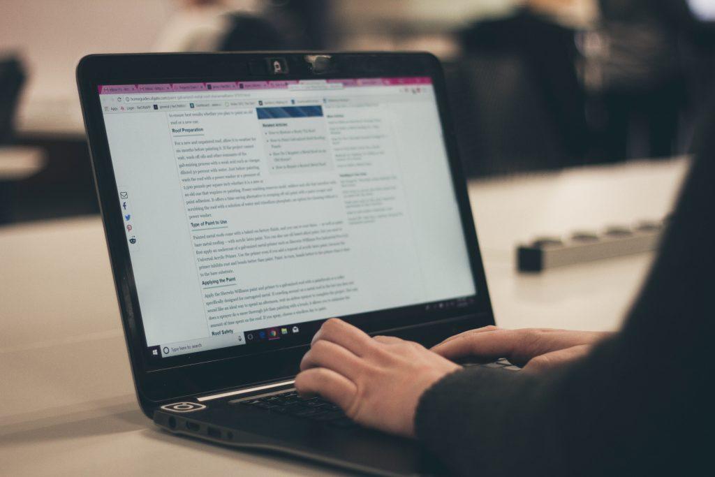 Refining LinkedIn For Financial Advisors